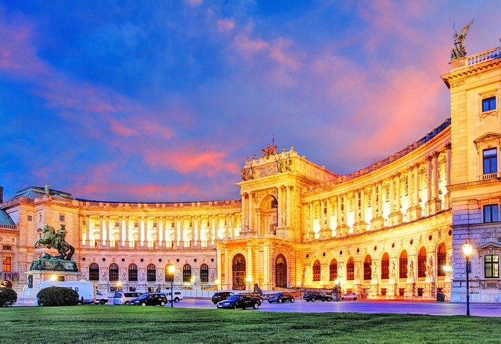 europe-top-attractions-vienna-hofburg-austria